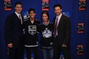http://thebiglead.com/index.php/2010/10/16/new-celebrity-thing-la-kings-games/